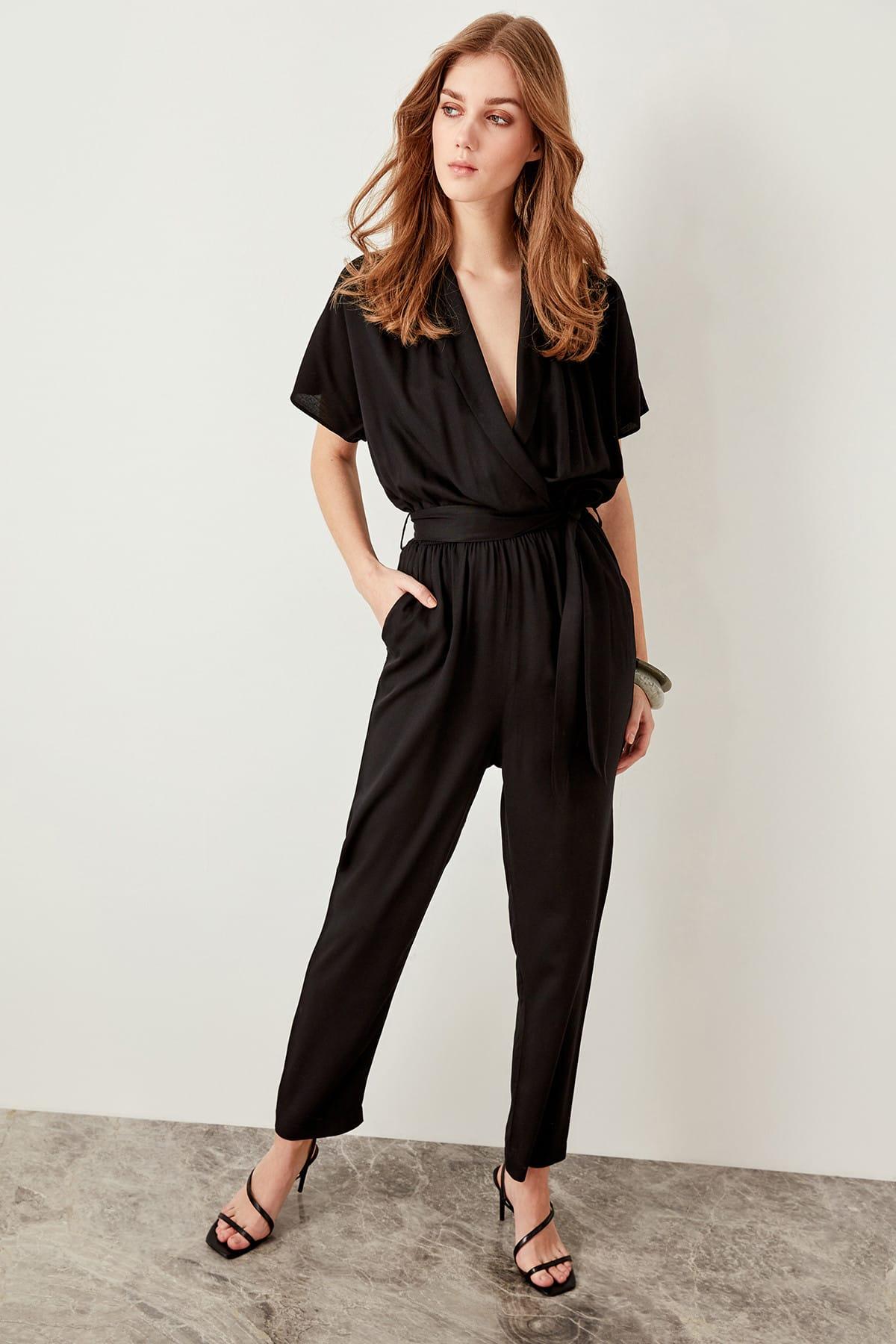Trendyol Women Advanced V-neck Casual Linking Black Jumpsuits TWOSS19LJ0158