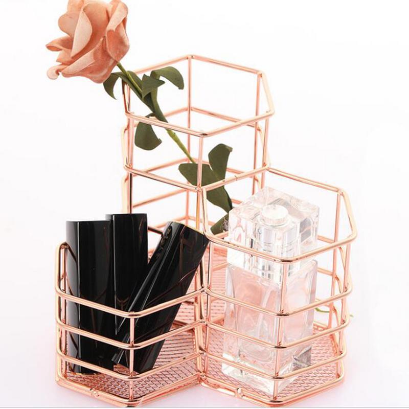 Soporte para brochas de maquillaje, jarrón hexagonal, cesta de malla metálica, organizador de escritorio, bolígrafo de alambre dorado, soporte hueco caliente, Kit de maquillaje de belleza