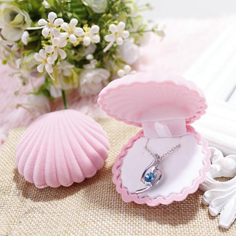 1pcs Shell Shape Velvet Jewelry Box Wedding Engagement Ring Box Earrings Necklace Bracelet Jewellery Display Gift Holder