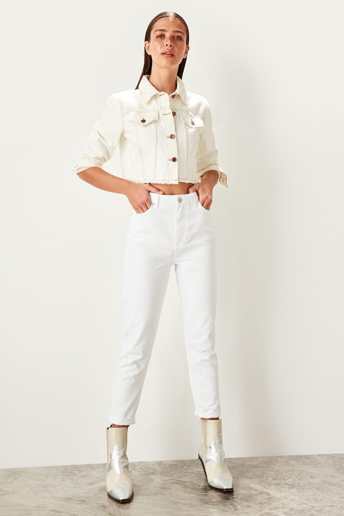 Trendyol White High Waist Mom Jeans Casual Skinny Denim Pencil Pants TWOSS19LR0246