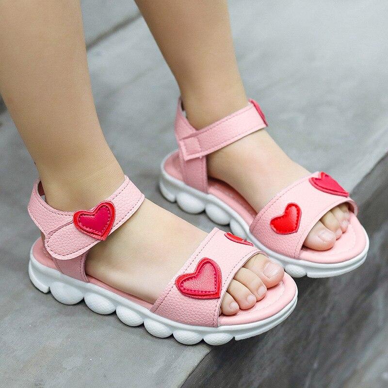 2019 nuevos estudiantes sandalias de verano casual niñas antideslizante Fondo suave rosa salvaje bebé amor playa zapatos