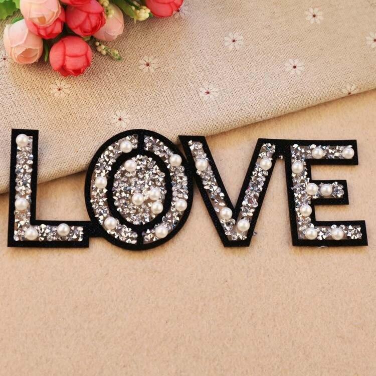 PGY parches de amor bordados para ropa, insignia de botella de Perfume de Color, parches de lentejuelas de diamantes de imitación para planchar, accesorios diy