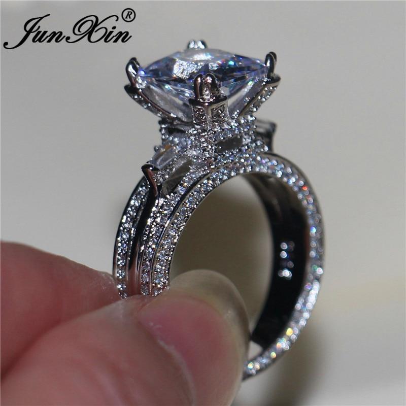 JUNXIN Anillos de Compromiso de circonio cuadrado de piedra grande de moda para mujeres Color plata princesa cristal boda bandas mujer Boho joyería