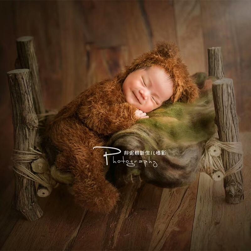 الوليد رومبير التصوير الدعائم ، الطفل غامض الدب وتتسابق صور الدعائم