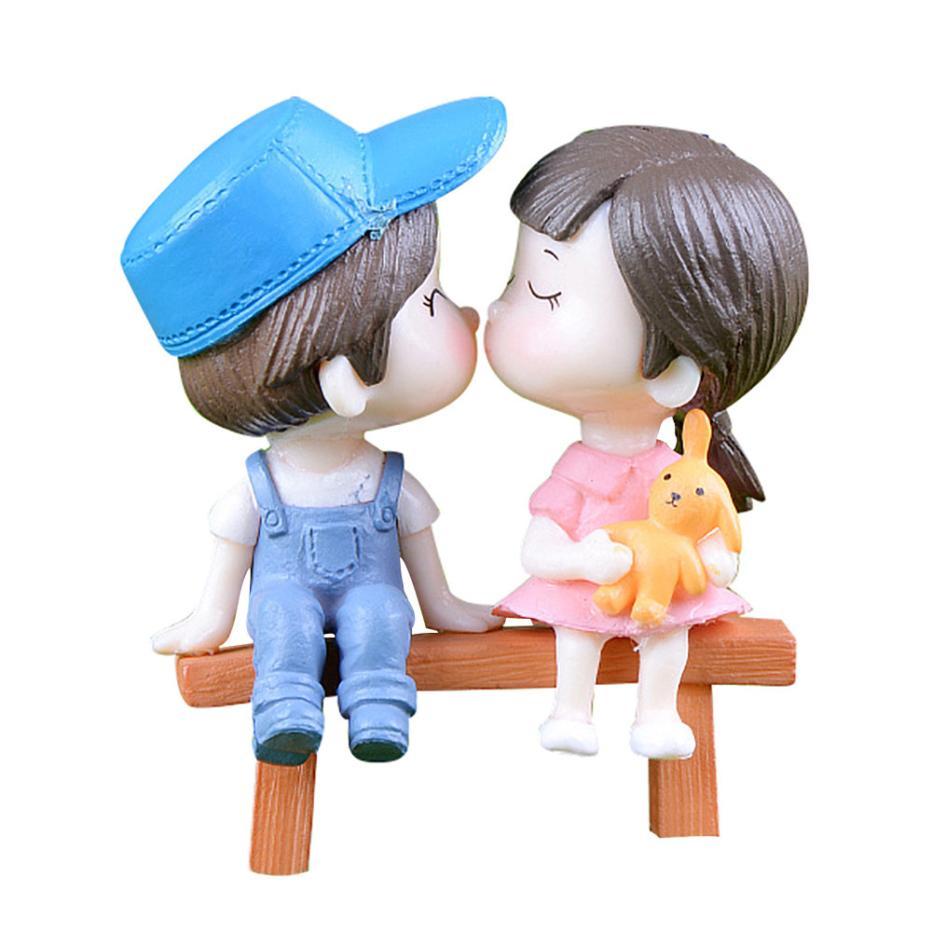 1 paar Sweety Liebhaber Paar Auf Stuhl Figuren Miniatur Handwerk Fee Garten Gnome Moos Terrarium Geschenk DIY Ornament Garten Decor