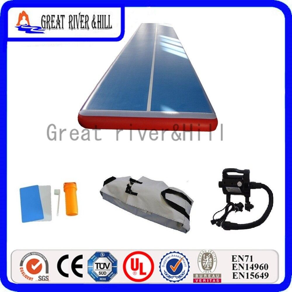 Grande piste gonflable de voie dair de tapis de gymnastique de colline de rivière utilisation pour leau bleue et rouge 8 m x 2 m x 20 cm