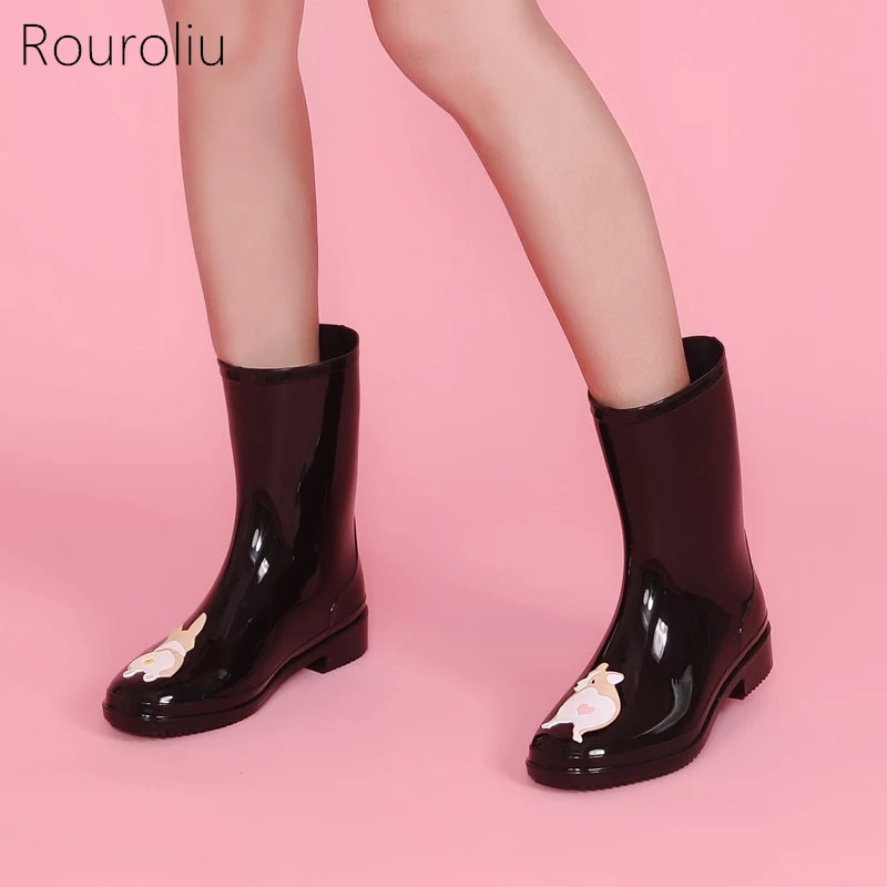 Rouroliu Cute Hand-Painted Autumn Water Boots Women PVC Mid-Calf Rainboots Female Non-Slip Cartoon Footwear Wellies FR19