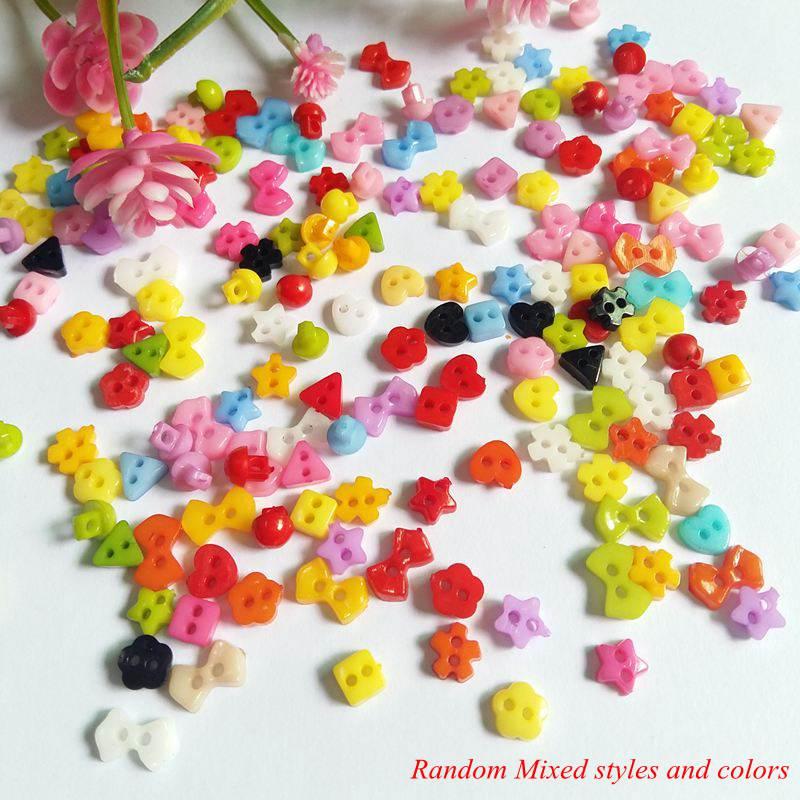 200 pçs/lote pequeno 2 6 Cor Da Mistura dois milímetros buraco Flor Mini botões de Costura Scrapbooking para artesanato Moda acessórios Decorativos