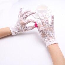 Guantes de fiesta de encaje con diseño de flores huecas para mujer, accesorios de moda para protegerse del sol, guantes de dedo completo para niñas