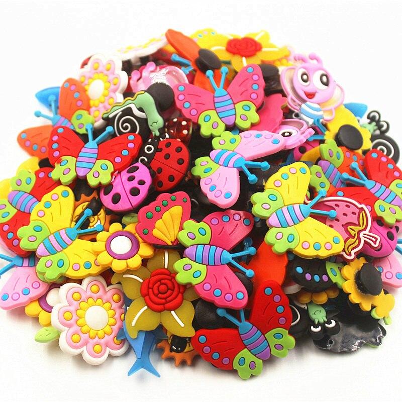 Abalorios de flores de libélula de mariposa de 100 Uds., accesorios para zapatos, adornos para zapatos para Croc, pulsera para regalo