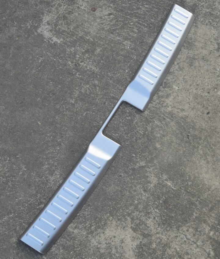 AOSRRUN Stainless Steel Inner Rear Bumper Protector Sill Car Accessories Trunk Car Accessories For Suzuki Vitara 2015 2016