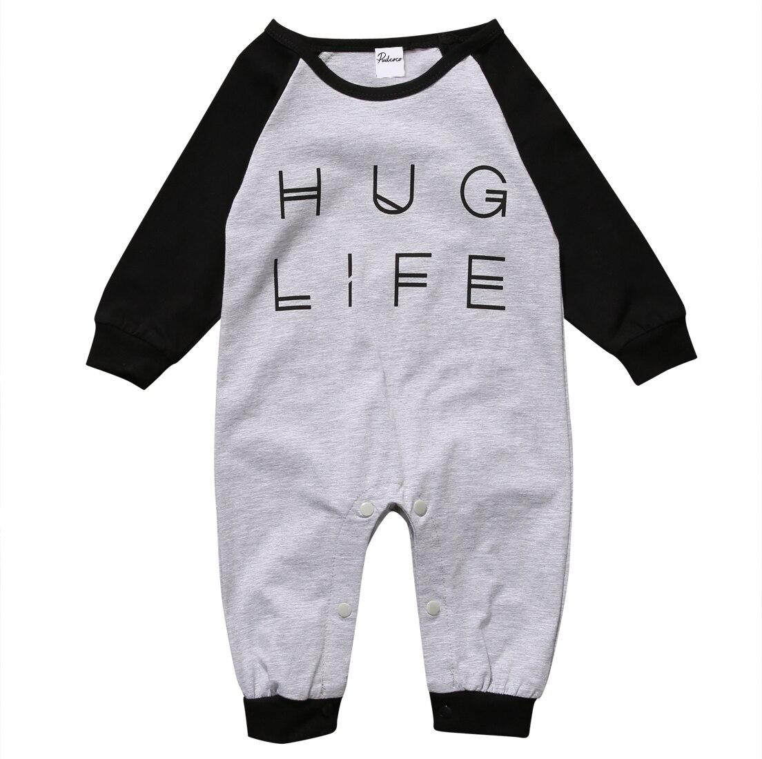 Mono de manga larga con estampado de Hug Life para bebé
