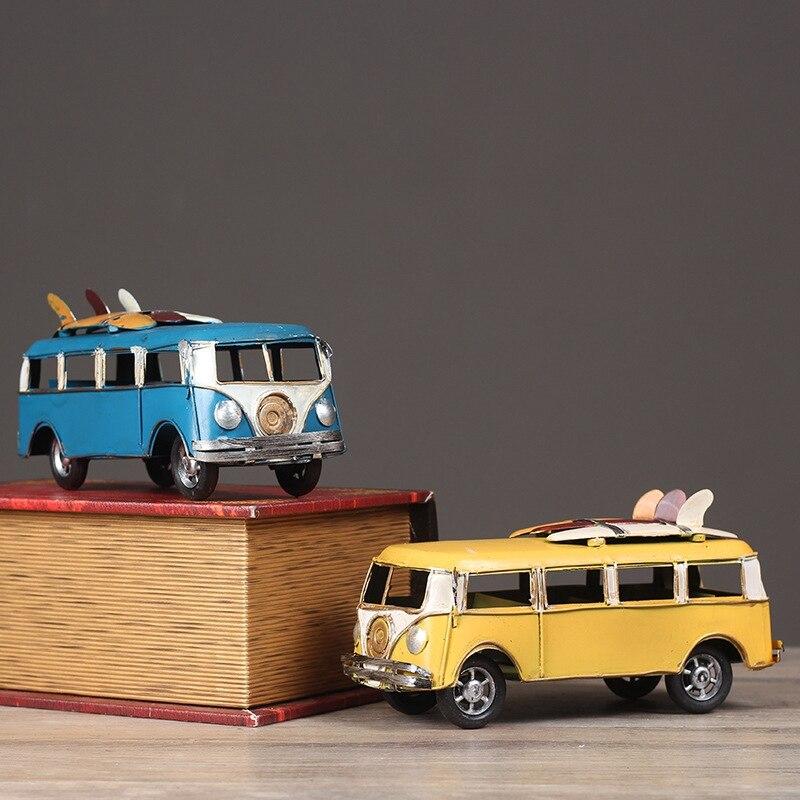 Figurita de autobús clásica de estilo Retro, autobús de resina, regalo de Navidad para niños, decoración creativa para el hogar, decoración navideña, artesanato