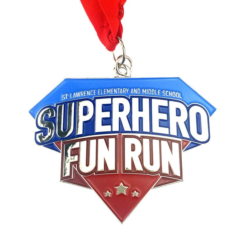 3,54 pulgadas 2,68 pulgadas 50 piezas por lote esmalte suave níquel fundido A presión aleación de Zinc deportes Running medalla