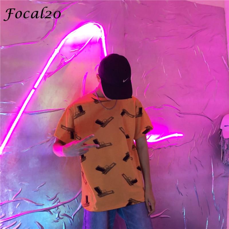 Focal20 Streetwear Full estampado con pistolas mujeres camiseta con capucha verano manga corta Hip Hop camiseta suelta camiseta Top