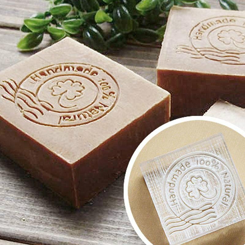 Frete grátis Four-leaf clover sabonete artesanal padrão Mini sabão diy selo chaprter selo 4*4 CM