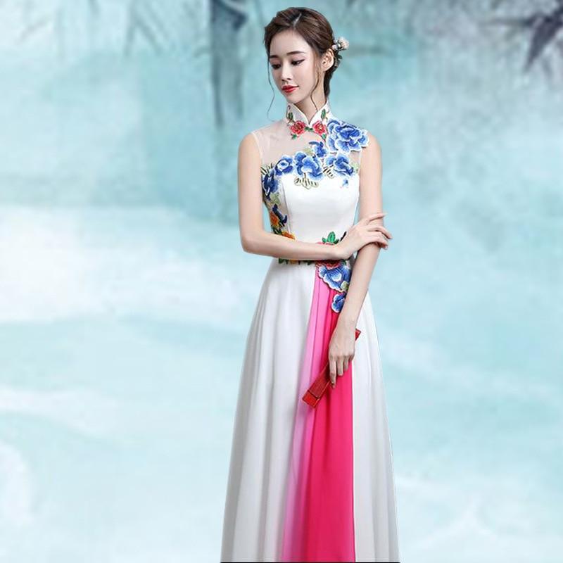 تشيباو-فستان طويل تقليدي للنساء ، فستان تقليدي ، أبيض ، تطريز ، فستان شرقي صيني ، تشيباو