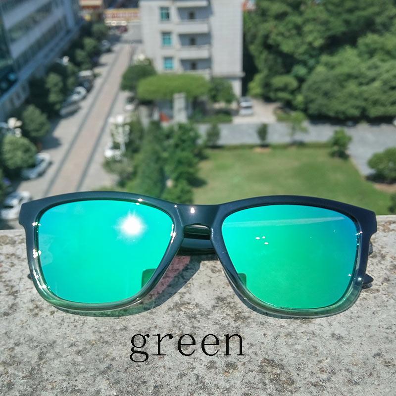20202 Spectacles Trend Fashion Women Polarized Sunglasses  Vintage Frame Driving Sun Glasses Gafas De sol Ladies Fashion Eyewear