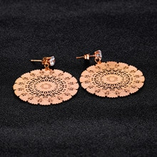 Krzyż granicy źródła energii elektrycznej pani titanium stali nierdzewnej ozdoby peacock ekran cyrkon kolczyk-sztyft na całym kolczyk