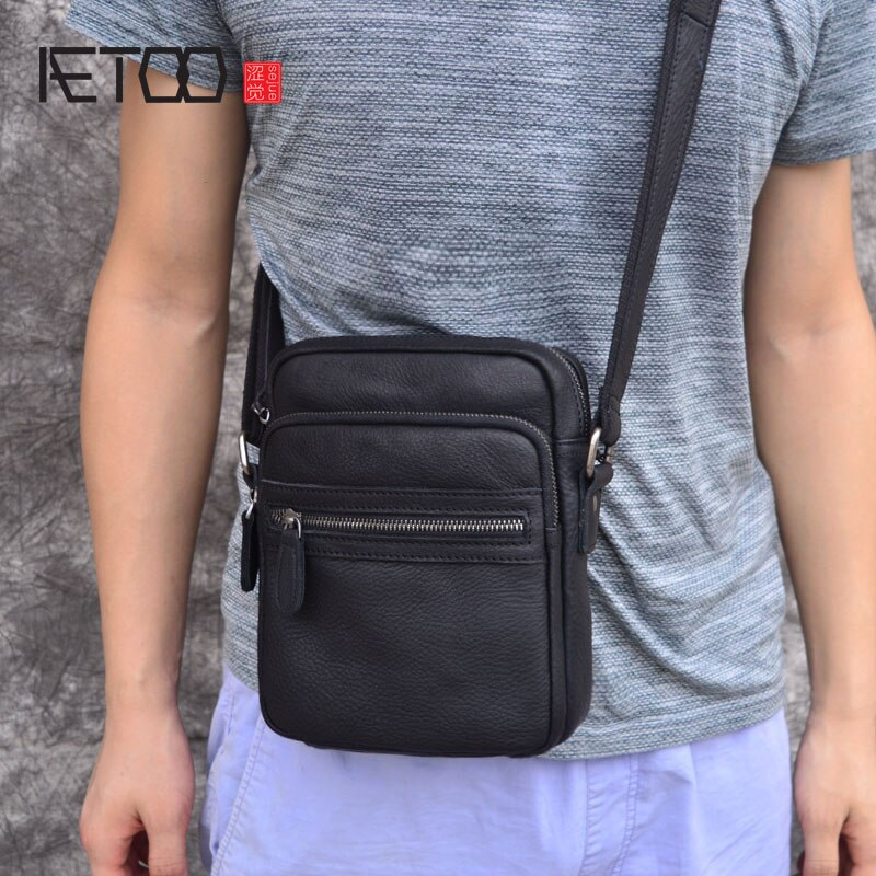aetoo the first layer of leather 2017 new korean version of the small handbag female hard section leather black wild fashion kel AETOO small flap men's leather bag casual Korean version of the retro leather men's bag men's shoulder Messenger bag