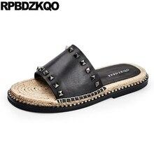 Espadrilles stud designer chaussures hommes de haute qualité respirant sandales corde noir été pantoufles diapositives en cuir rivet 2019 italien