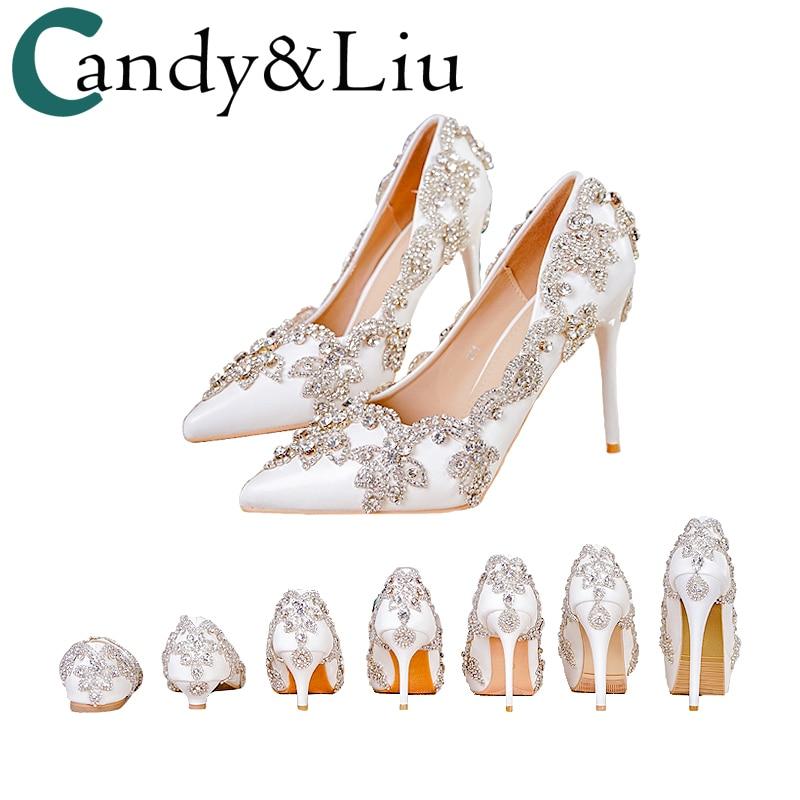 حذاء نسائي بكعب عالٍ مزين بالماس الأبيض اللامع ، حذاء زفاف ، مضخات كريستال للحفلات