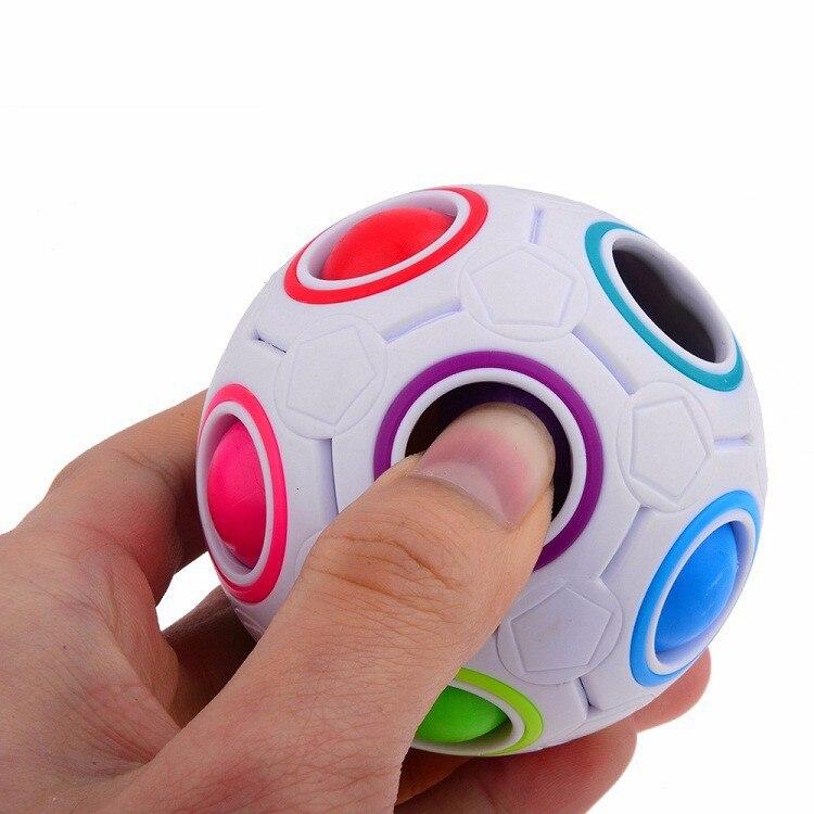 1 pc Criativo Spherical Velocidade Rainbow Bola de Futebol Brinquedos de Aprendizagem Educacional Puzzle Brinquedo de Montessori Puzzles para Crianças e Adultos