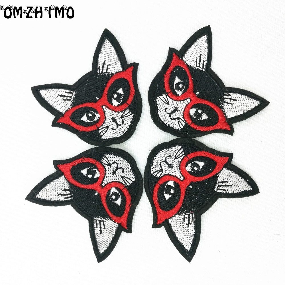 1Pcs Black Cat Patch for Clothing Iron on Embroidered Sew Applique Cute Patch Fabric Badge Garment DIY Apparel Accessories