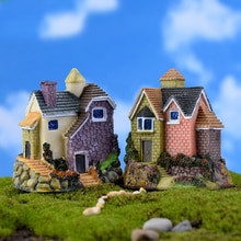 Small House Diy Mini Toys Bonsai Desktop Decor Crafts Figure Kawaii Zakka Russian Style Village Micro Landscape Fairy Garden