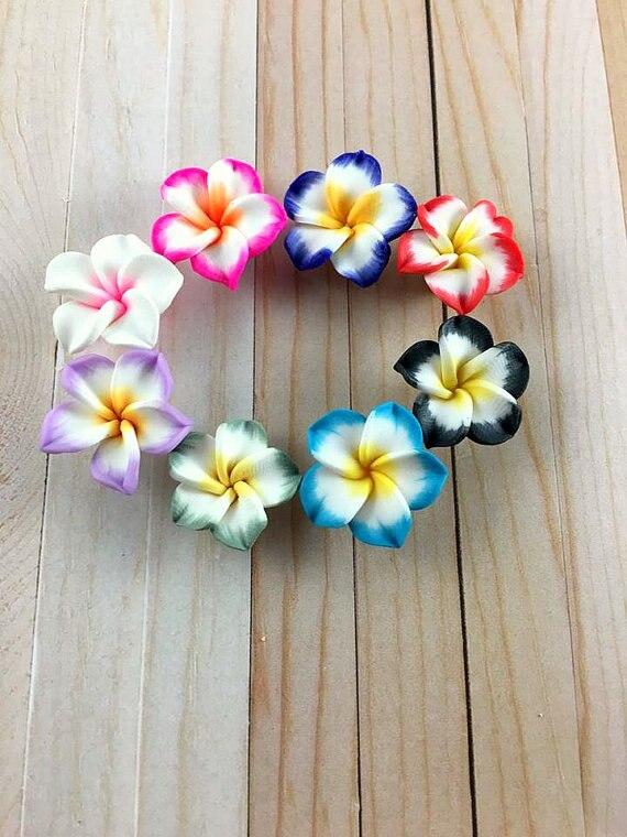 Flores mezcladas de arcilla polimérica, cuentas de flores Plumeria, arcilla polimérica, suministros de joyería, hallazgos de joyería, 14-17mm, 200 Uds.