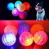 Flash LED Dog Balls okrągły odporny na zgryz elastyczny losowy kolor trwały 1 szt. Pies Luminous Ball interaktywne zabawki dla psów