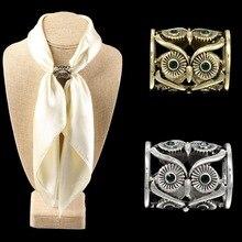 Le plus nouveau charme rétro creux hibou écharpe boucle cristal Bronze/Antique argent couleur support décharpe épingles de noël