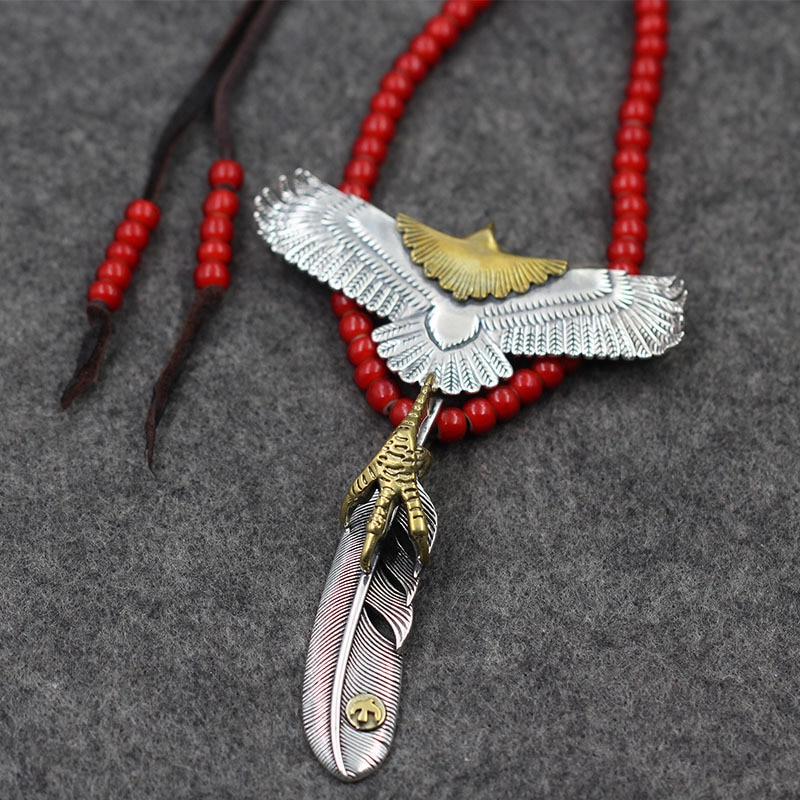 Takahashi Goro-عقد من الفضة الإسترليني عيار S925 مرصع بخرز زجاجي أحمر وقلادة على شكل نسر بني