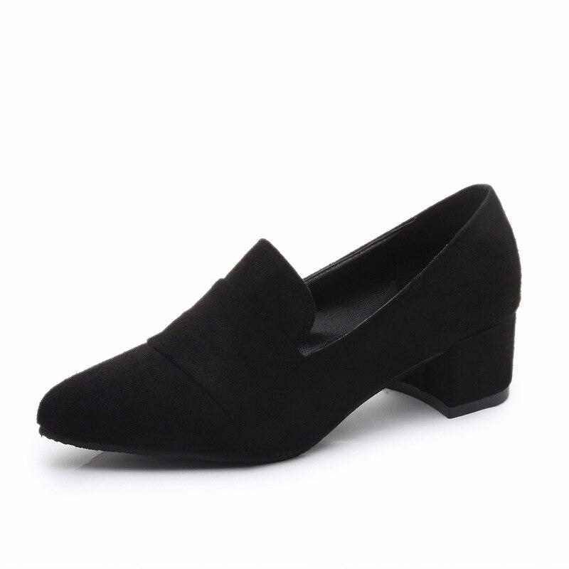 Primavera y otoño 2019 nueva versión coreana de zapatos de tacón alto puntiagudos, zapatos negros de tacón grueso para mujer