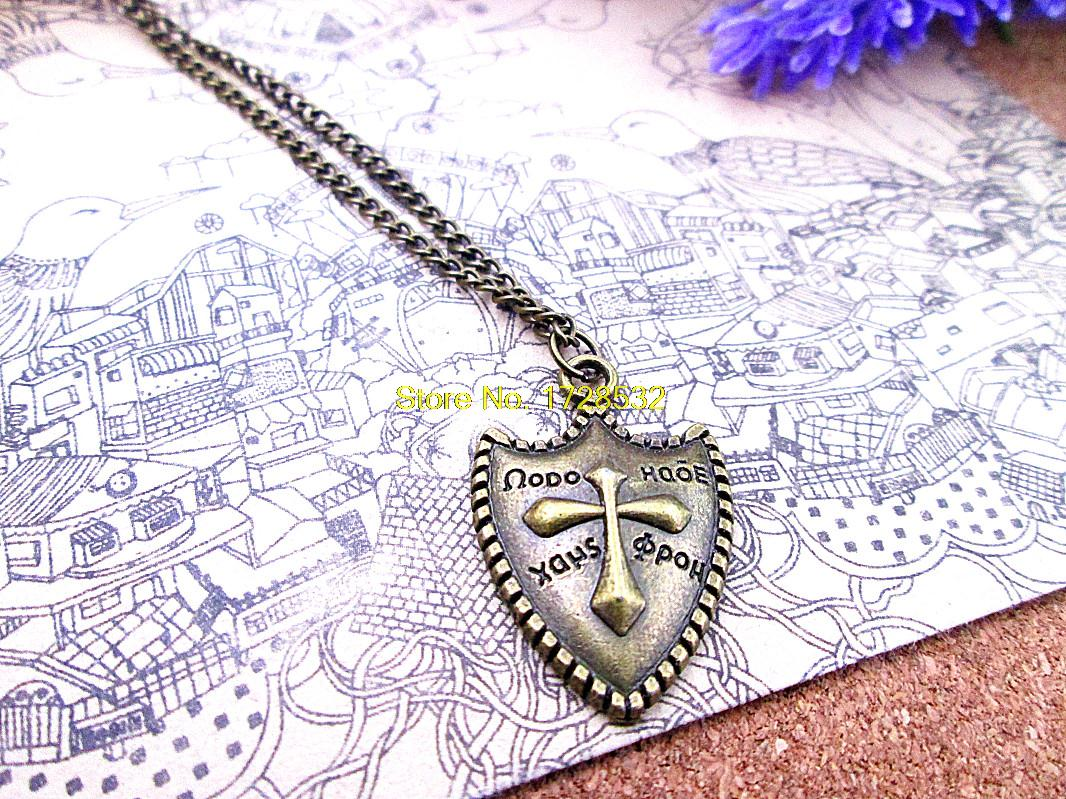 3 unids/lote moda gran oferta 31*20,2 MM antiguo bronce antiguo Cruz retro Escudo de metal de cobre de latón crucifijo militar colgante collar