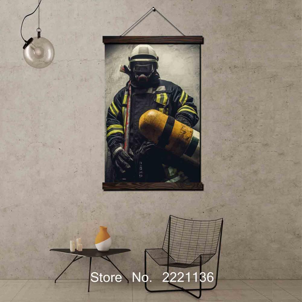 Bombero hombre enmarcado desplazamiento pintura HD arte de pared colgante lienzo pintura fotos impresas en HD para la decoración de la sala de estar