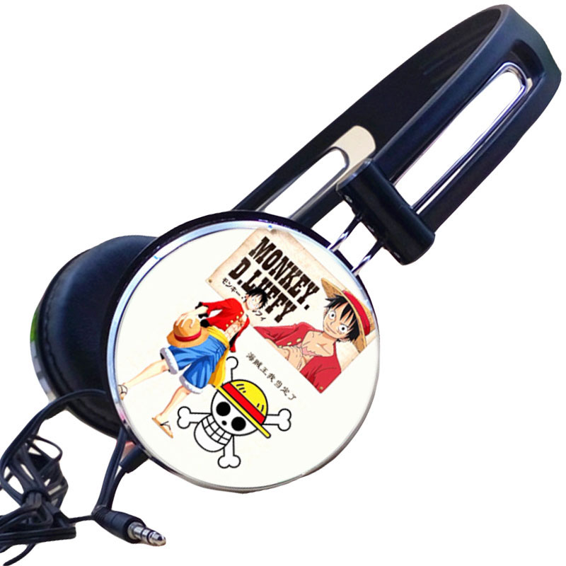 Anime One Piece Luffy Chopper dibujos animados auriculares estéreo auriculares Gamer auriculares para Iphone Samsung Xiaomi Huawei