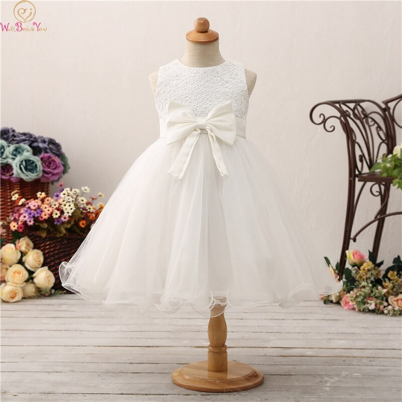 appliques flower girl dresses bow knot v neck kids pageant dress evening for party birthday hollow out princess dress b29 2019 Ball Gown Flower Girls Dresses Appliques Girls Wedding Birthday Party Communion Gowns With Beauty Bow Hollow Pageant Dress