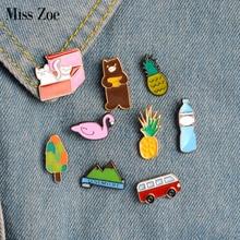 Miss Zoe 9 pièces/ensemble ananas Bus chats en boîte ours cygne montagne broche bouton broches Denim veste épingle Badge dessin animé bijoux cadeau