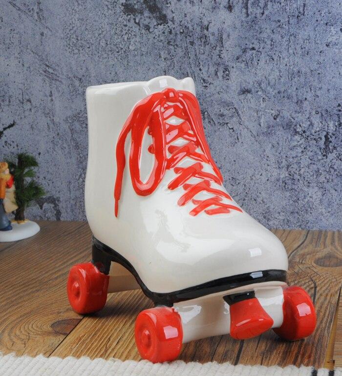 Ceramica creativa hucha roja patinaje zapatos ceramica hucha regalo estilo europeo accesorios para animales muere
