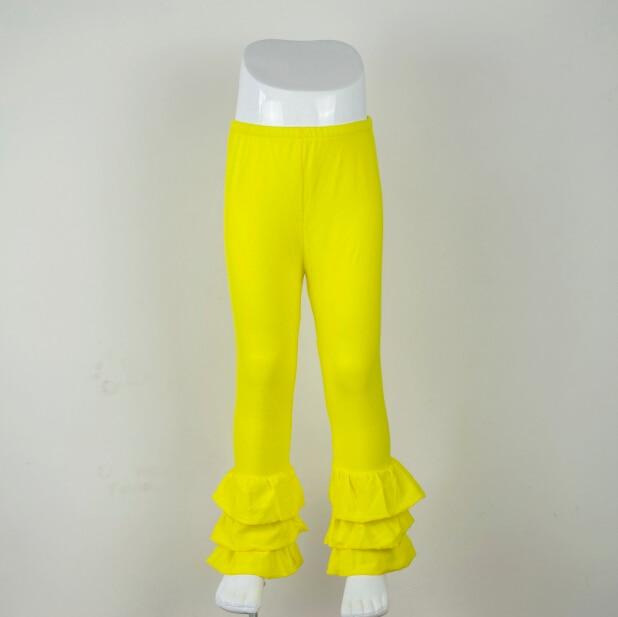 El nuevo diseño toddle girl amarillo glaseado leggings al por mayor niñas volantes pantalones chicas triple volantes llamativos pantalones de color
