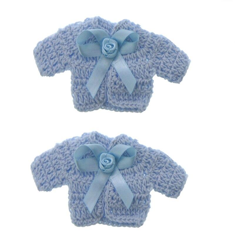 12 Pcs em miniatura Feitos À Mão crochet sweater flor fita baby shower batismo party Decor 4.8x9.6 cm