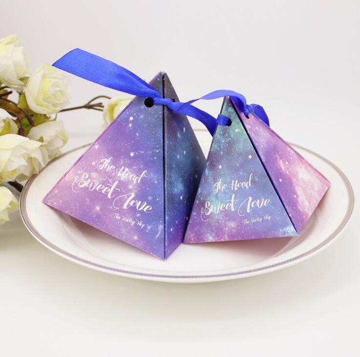 100 шт./лот, фиолетовые небесные коробки с пирамидой, свадебные сувениры, Подарочная коробка для свадебной вечеринки, украшения для шоколада ...
