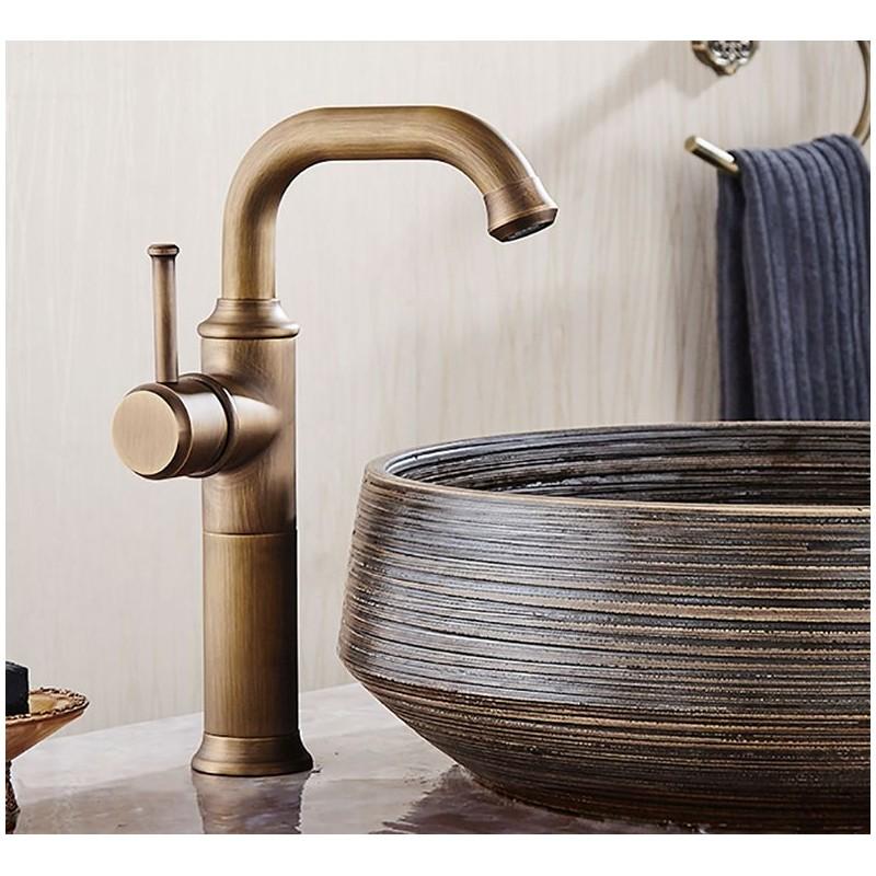 Basin Faucets Antique Brass Faucet Bathroom With Single Handle Vintage Deck Mount Torneiras Hot Cold Bath Mixer Water Tap 58800