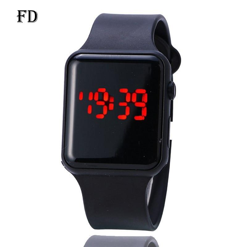 FD LED Screen Display Sports Wristwatch 2018 Hot Casual Rubber Strap Waterproof Women Digital Watch Fashion Student Lovers Clock