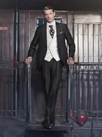 2018 new arrivals one button black groom tuxedos peak lapel groomsmen best man wedding prom suits jacketpantsvesttie