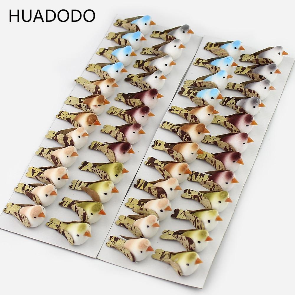 Huadodo 24 pçs mini colorido espuma artificial pássaros artesanal artesanato para casa scrapbooking festival decoração de natal 3cm * 1.5cm
