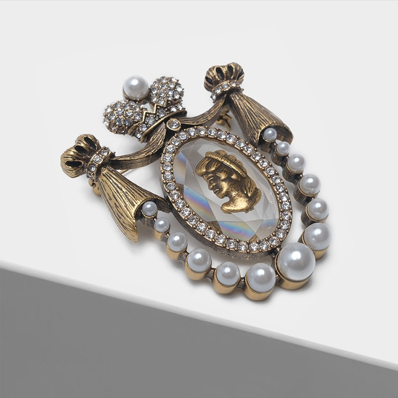 AliExpress - Amorita boutique princess  design pins court European Retro Pearl vintage brooch