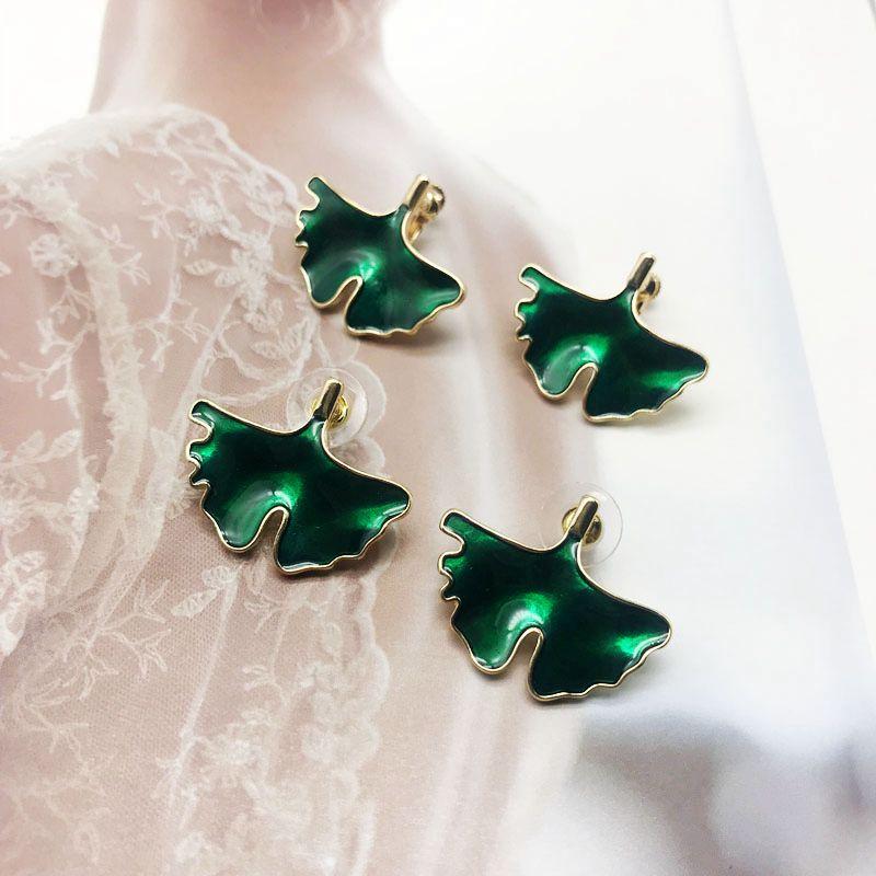 Free Shipping Sweet Cute Green Enamel Earring