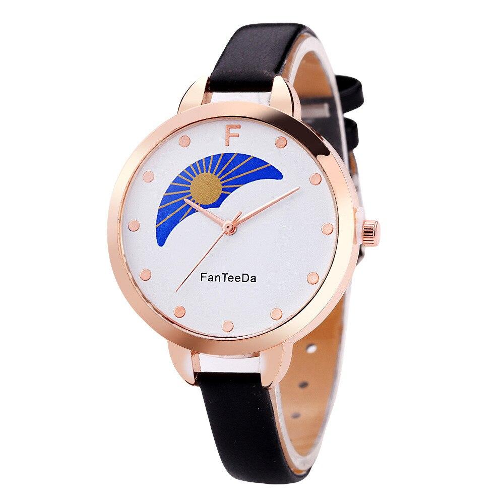 Nueva moda de fantasía relojes de cuarzo de aleación analógica para mujer reloj de pulsera simple de cuero con esfera con patrón de sol y luna